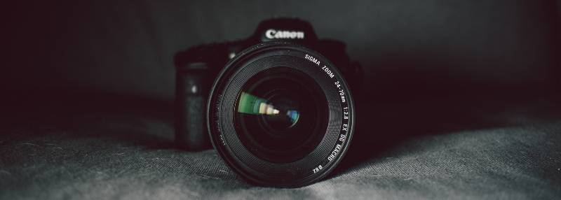 Focus and lens